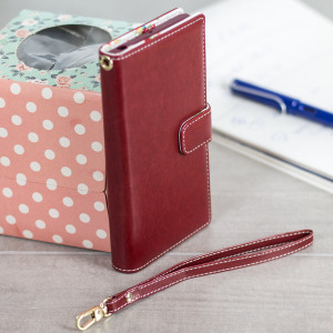 Sophisticated and lightweight, this red floral leather-style wallet case is the ideal companion for your Sony Xperia XZ Premium. The Olixar leather-style wallet case offers perfect protection, as well as featuring slots for your cards.