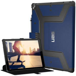 Equip your iPad Pro 12.9 2017 with extreme military-grade protection with the Metropolis Rugged Folio case in cobalt from UAG. Impact and water resistant, this is the ideal way of protecting your iPad.
