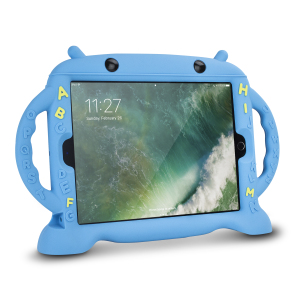 Let your child use your iPad Pro 10.5 without worrying with the extremely robust and fun Olixar Child-Friendly Silicone Carry Case in blue. With anti-shock corners this fun child friendly case protects against the rigours of everyday use.