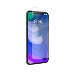La protection d'écran iPhone X InvisibleShield en verre trempé couvre non seulement toute la surface frontale de votre smartphone, mais également les bords incurvés de celui-ci. Dotée d'une conception ergonomique, elle est compatible avec une majorité de coques.