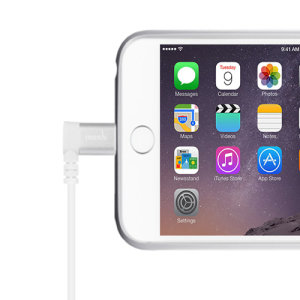 Make sure your Apple devices are always fully charged with this Moshi 1.5M Lightning to USB connector in white. This cable is fully MFi certified by Apple for use with their products, and comes with an angled lightning connector for convenient charging.