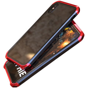 Protect your iPhone X - front, back and sides with this unique red and black aluminium bumper with glass back. The bumper protects the outer edges while the tempered glass back plate protects the rear, providing a stunning finish in the process.