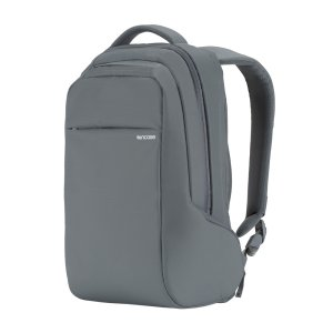 Organize, protect and carry your MacBook and other essentials with ICON Slim Laptop Backback in grey. With faux-fur lined pockets, padded shoulder straps and 14.5L of capacity, the ICON Slim is the ultimate backpack.