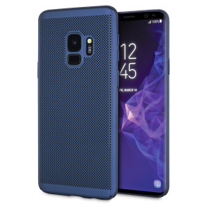 A supremely precision engineered lightweight slimline case in marine blue with a perforated mesh pattern that looks great, adds grip and aids heat dissipation from your Galaxy S9, as well as enhance the high performance beauty of the device.