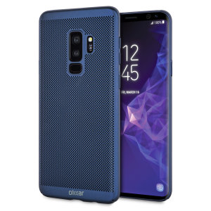 A supremely precision engineered lightweight slimline case in marine blue with a perforated mesh pattern that looks great, adds grip and aids heat dissipation from your Galaxy S9 Plus, as well as enhance the high performance beauty of the device.