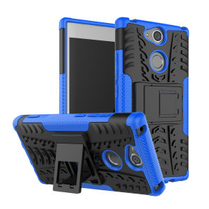 Protégez votre Sony Xperia XA2 des chocs et des éraflures grâce à cette coque Olixar ArmourDillo en coloris bleu. Cette coque est composée d'un boîtier interne en TPU et d'un exosquelette externe résistant aux impacts. Elle comprend par ailleurs un support de visualisation intégré.