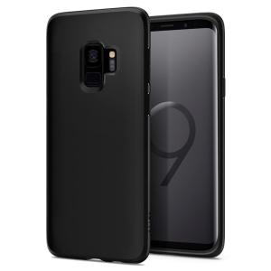 Durable and lightweight, the Spigen Liquid Crystal series for the Samsung Galaxy S9 offers premium protection in a slim, stylish package. Carefully designed and precisely engineered, the Liquid Crystal matte black case is form-fitted for a perfect fit.