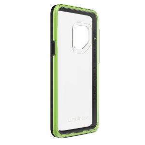 Schützen Sie Ihr Samsung Galaxy S9 mit dieser neuen LifeProof SLAM Hülle in einem atemberaubenden Farbenset. Erfahren sie ein schlankes Passform-Design, einen reichhaltigen Schutz vor Stößen und Kratzern und einen ungehinderten Zugang zu allen iPhone X Funktionen