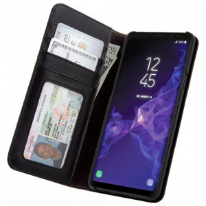 Keep your Samsung Galaxy S9 Plus protected with this genuine pebble leather exterior folio wallet case from Case-Mate. Also features detachable wristlet with purse snap, military strength protection and four slot storage for credit cards and cash notes.
