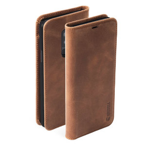 Krusell's 2 Card Sunne Folio Wallet leather case in vintage cognac combines Nordic chic with Krusell's values of sustainable manufacturing for the socially-aware Galaxy S9 Plus owner who seeks 360° protection with extra storage for cash and cards.