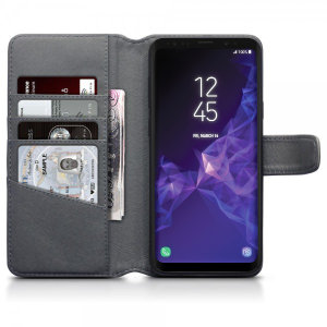 This grey genuine leather wallet case from Olixar offers perfect protection for your Samsung Galaxy S9 Plus. Featuring premium stitch finishing, as well as featuring slots for your cards, cash and documents.