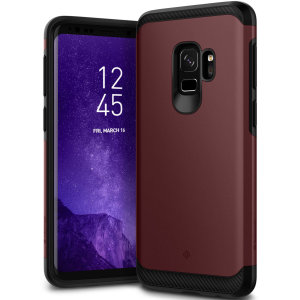 Protect your Samsung Galaxy S9 with this stunning tough dual-layered armoured case in burgundy. Made with robust dual-layered yet slim material, this TPU body with a sleek outer layer features an attractive two-tone finish.