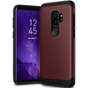 Protect your Samsung Galaxy S9 Plus with this stunning tough dual-layered armoured case in burgundy. Made with robust dual-layered yet slim material, this TPU body with a sleek outer layer features an attractive two-tone finish.