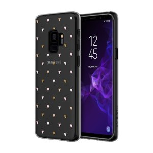Incipio Design Series is where the protection meets style! This slim-fitting and stylish case from Incipio in Tiny Hearts pattern features a flexible TPE build that offers up to 3 metres of drop protection for your Samsung Galaxy S9.