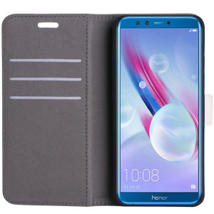 The leather-style Prima wallet case in white by Redneck offers the ultimate combination of protection and practicality for the Huawei Honor 9 Lite. Including 3 card slots, a magnetic clasp and a built-in stand, this folio case is full of useful features.