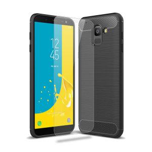 Flexibele, robuuste behuizing met een eersteklas, matte antislip koolstofvezel en een geborsteld metalen ontwerp, de Olixar Sentinel-hoes beschermt je Samsung Galaxy J6 2018 tegen 360 graden met de toegevoegde bonus van een gehard glazen schermbeschermer.