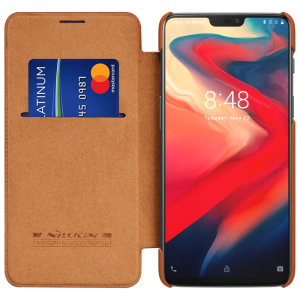 This stylish, tan genuine leather case for OnePlus 6 enhances the aesthetic of your already-gorgeous device. A wallet-type structure houses a card slot for a debit or credit card, while the sturdy inner frame holds your phone securely.