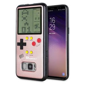 Transformez votre Samsung Galaxy S8 en une petite console portable à l'aide de la coque SuperSpot Retro Game en coloris or rose. Dotée d'un design ressemblant à celui de la Game Boy première du nom, cette coque vous offre des heures de jeu ainsi qu'une excellente protection à votre smartphone.