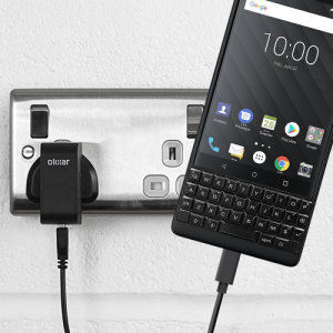 Charge your BlackBerry KEY2 and any other USB device quickly and conveniently with this compatible 2.4A high power USB-C UK charging kit. Featuring a UK wall adapter and USB-C cable.