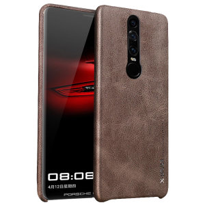 With the perfect blend of elegance, functionality and protection, this leather-style shell case in brown is the ideal protective companion for your Huawei Mate RS Porsche Design.