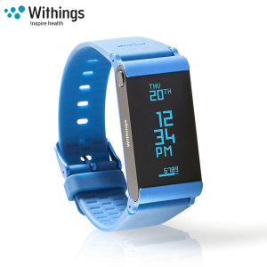 The Withings Pulse Ox in blue, monitors your heart rate, captures steps, burned calories, elevation climbed and distance traveled. Syncing to your smartphone or tablet, you will discover your data put into perspective.