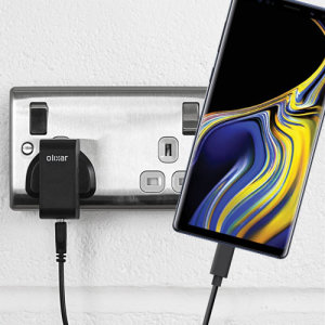 Charge your Samsung Galaxy Note 9 and any other USB device quickly and conveniently with this compatible 2.4A high power USB-C UK charging kit. Featuring a UK wall adapter and USB-C cable.