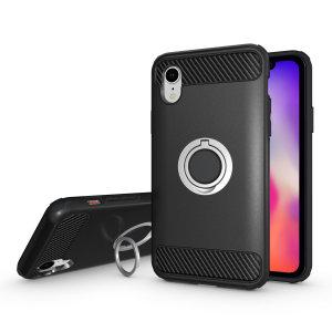 Diese robuste schwarze und silberfarbene ArmaRing Hülle von Olixar ist für das iPhone XR konzipiert und bietet extremen Schutz und eine Fingerschlaufe, um Ihr Handy in der Hand zu halten, sei es durch versehentliches Fallenlassen oder versuchten Diebstahl. Kann auch als Stand verwendet werden