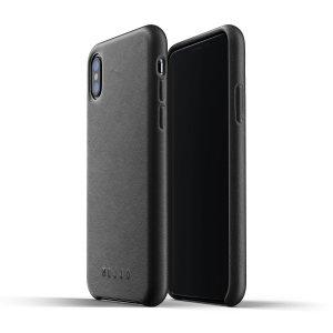 Diese für das iPhone XS entworfene, olivfarbene Echtledertasche von Mujjo bietet perfekten Sitz und dauerhaften Schutz vor Kratzern, Stößen und Stürzen mit dem zusätzlichen Komfort eines Scheckkarten-Steckplatzes