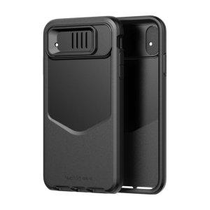 Schützen Sie Ihr iPhone XR und lassen Sie es wie neu aussehen mit der robusten Evo Max Tasche in Schwarz von Tech21. Trotz des geringen Gewichts schützt die Evo Max-Tasche Ihr Gerät vor Stürzen von bis zu 14 Fuß, während die Objektivabdeckung Ihre Kamera sicher und sauber hält.