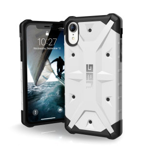 The Urban Armour Gear Pathfinder white rugged case for the iPhone XR features a classic tough-looking, composite design with a soft impact-absorbing core and hard exterior that provides superb protection in all situations.