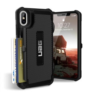 Equip your iPhone XS Max with extreme, military-grade protection and storage for up to 4 cards with the Trooper Tough Wallet case in black from UAG. Impact resistant and functional this is the ideal way of protecting your phone and providing storage.