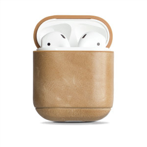 Add superior protection to your Apple AirPods case in nude colour with this elegant, classic and stylish genuine leather cover from Krusell. The cover allows full access to your AirPods and adds premium protection for a peace of mind.