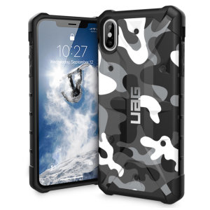 The Urban Armour Gear Pathfinder SE arctic camo rugged case for the iPhone XS Max features a classic tough-looking, composite design with a soft impact-absorbing core and hard exterior that provides superb protection in all situations.