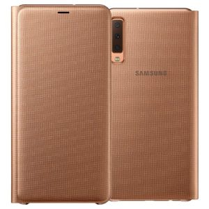 Protect your Samsung Galaxy A7 2018's back, sides and screen from harm while keeping your most vital cards close to hand with the official flip wallet cover in gold from Samsung.