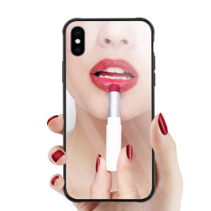 Wolltest du schon immer mal sehen, wie du unterwegs aussiehst? Mit der Olixar Spiegel Schalenülle für das iPhone XS Max können Sie genau das dank des Spiegels auf der Rückseite der Hülle tun.