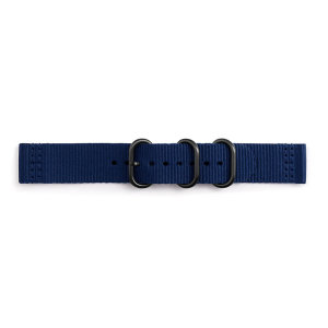 Treat your brand new Gear sport with the ultra-high quality Gear Sport premium Nato strap in Navy Blue. Comfortable, durable and stylish, this 42mm strap is the perfect way to personalise your Samsung Gear Sport.