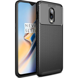 Olixar Carbon Fibre case is a perfect choice for those who need both the looks and protection! A flexible TPU material is paired with an eye-catching carbon print to make sure your OnePlus 6T is well-protected and looks good in any setting.