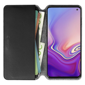 Krusell's Pixbo 4 Card Slim Wallet vegan leather case in Black combines Nordic chic with Krusell's values of sustainable manufacturing for the socially-aware Samsung Galaxy S10 owner who seeks 360° protection with extra storage for cash and cards.