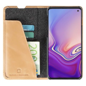 Krusell's Sunne 2 Card Folio wallet vegan leather case in Vintage Nude combines Nordic chic with Krusell's values of sustainable manufacturing for the socially-aware Samsung Galaxy S10 owner who seeks 360° protection with extra storage for cash and cards.