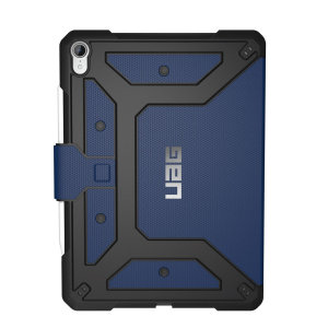 Equip your iPad 11 with extreme, military-grade protection with the Metropolis Flip case in Cobalt from UAG. Impact and water resistant, this is the ideal way of protecting your iPad.