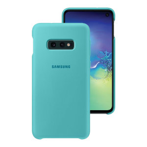 Protect your Samsung Galaxy S10e with this Official silicone case in green. Simple yet stylish, this case is the perfect accessory for your S10e.