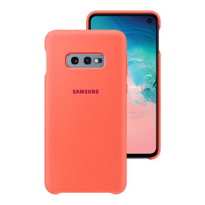 Protect your Samsung Galaxy S10e with this Official silicone case in berry pink. Simple yet stylish, this case is the perfect accessory for your S10e.
