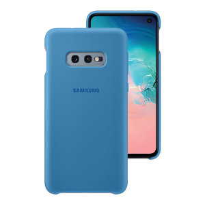 Protect your Samsung Galaxy S10e with this Official silicone case in blue. Simple yet stylish, this case is the perfect accessory for your S10e.