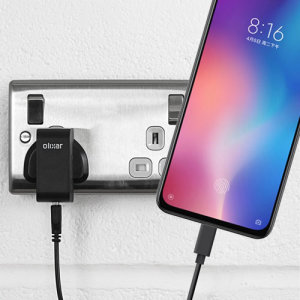 Charge your Xiaomi Mi 9 SE and any other USB device quickly and conveniently with this compatible 2.5A high power USB-C UK charging kit. Featuring a UK wall adapter and USB-C cable.
