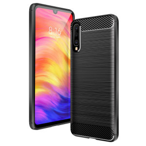 Flexible rugged casing with a premium matte finish non-slip carbon fibre and brushed metal design, the Olixar case in black keeps your Samsung Galaxy A50 protected.