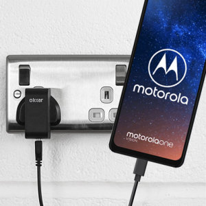 Charge your Motorola One Vision and any other USB device quickly and conveniently with this compatible 2.5A high power USB-C UK charging kit. Featuring a UK wall adapter and a 1m USB-C cable.