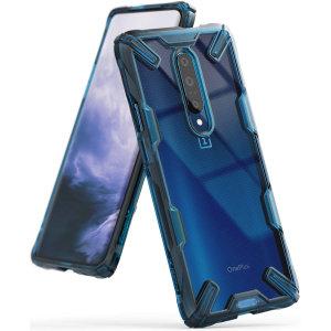 Hold din OnePlus 7 Pro 5G beskyttet mod stød og fald med Rearth Ringke Fusion X hårdt etui i blå. Med et 2-delt polycarbonat-design lever dette etui op til militære fald-test standarder, så din enhed altid er sikker