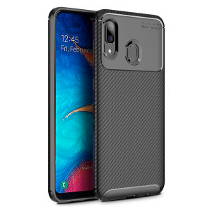 Olixar Carbon Fibre case is a perfect choice for those who need both the looks and protection! A flexible TPU material is paired with an eye-catching carbon print to make sure your Samsung Galaxy A20 is well-protected and looks good in any setting.