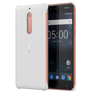 This slim, sleek official hard case for the Nokia 5 sports a smooth, tactile carbon fibre-effect design while also offering superior impact protection from drops, knocks and scrapes.