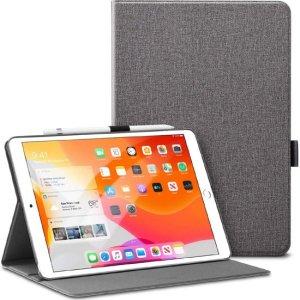 Protégez votre iPad 10.2 2019 des chocs et des rayures avec la housse Sdesign Soft Silicone en coloris argent. Protectrice et fonctionnelle, elle comprend un support de visionnage pliable et un compartiment dédié pour le rangement de votre stylet. De plus, elle est compatible avec la fonction veille et allumage automatique.